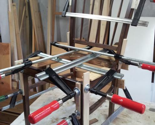 Stuhl - Aufwändiges Leimen